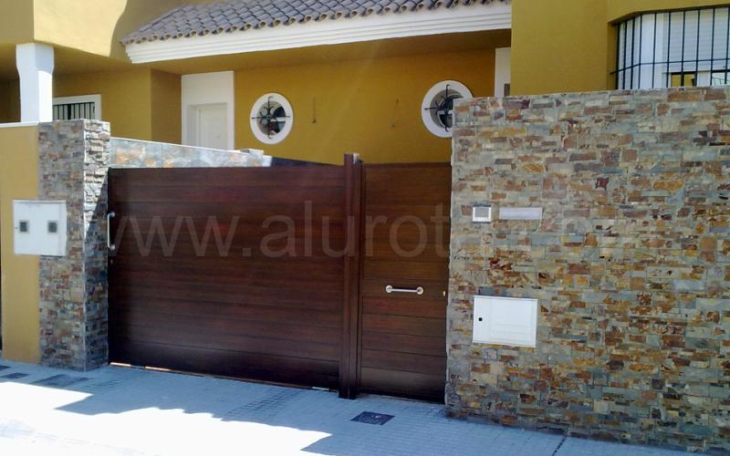 Puertas de garaje correderas awesome puerta de garaje for Coches con puertas correderas